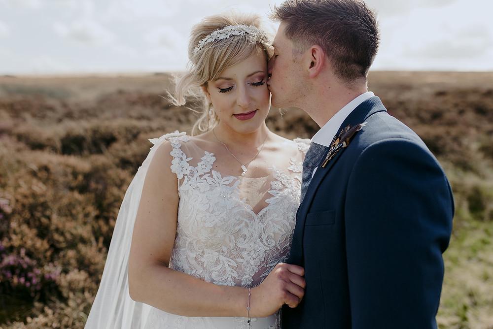 emotive wedding photography in peak district
