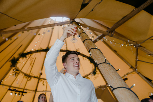 tipi-wedding-warwickshire-34.jpg