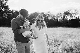 Emmy-outdoor-newborn-photography-warwick