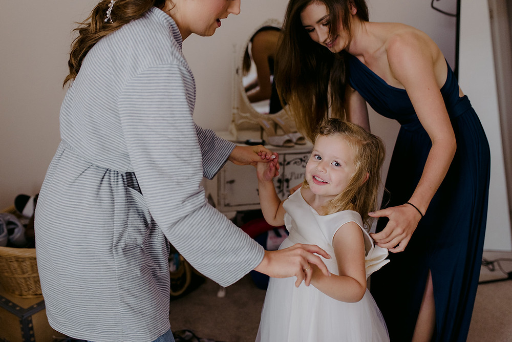 flower girl wedding preparations