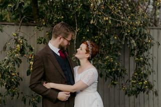 Garden Wedding with Outdoor ceremony / Stratford Upon Avon Wedding Photographer