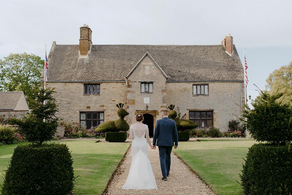 sulgrave manor wedding oxfordshire