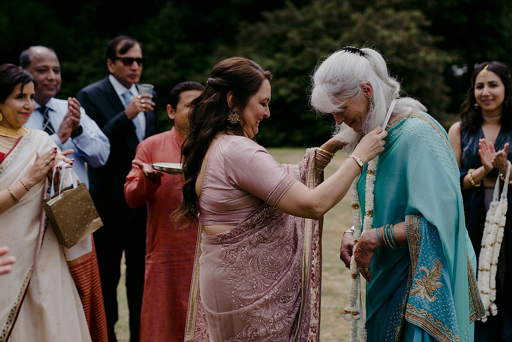 indian wedding tradition mothers exchange