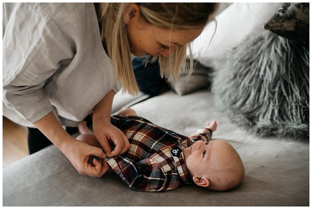 mum and newborn photography, natural documentary newborn, happy newborn photography
