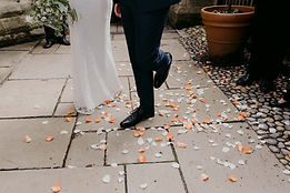 micro-wedding-outdoor-photography-17.jpg
