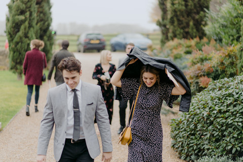 emma-tom-wedding-notley-tythe-barn-80.jp