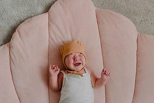 newborn crying bay photoshoot warwickshire