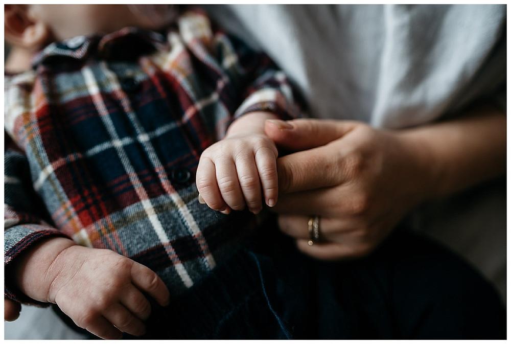natural newborn photography, at home newborn photoshoot, warwickshire family photographer