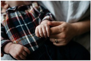 How To Plan For Your // At Home Newborn Photoshoot