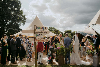 tipi-wedding-warwickshire-12.jpg