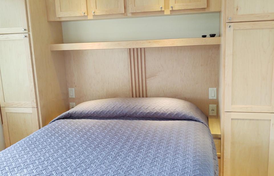 Queen Bed + Storage