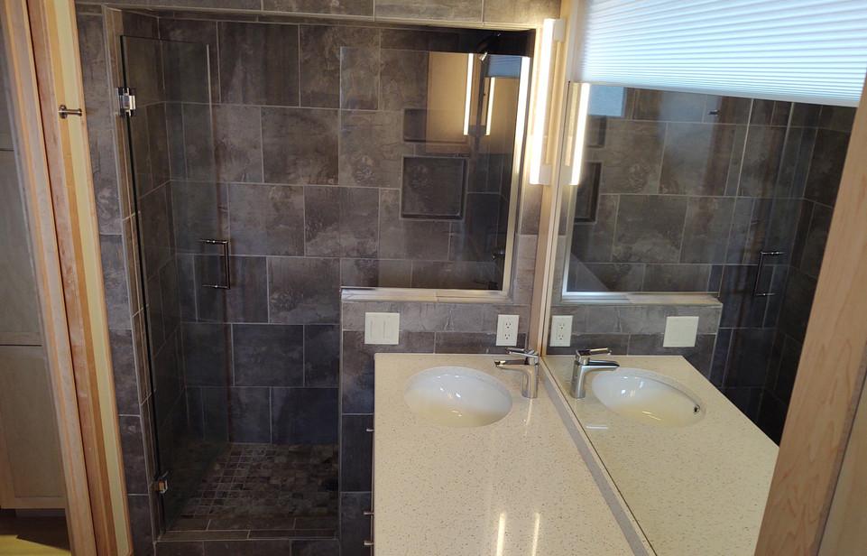 6 - Tile Shower in Master Bath.jpg