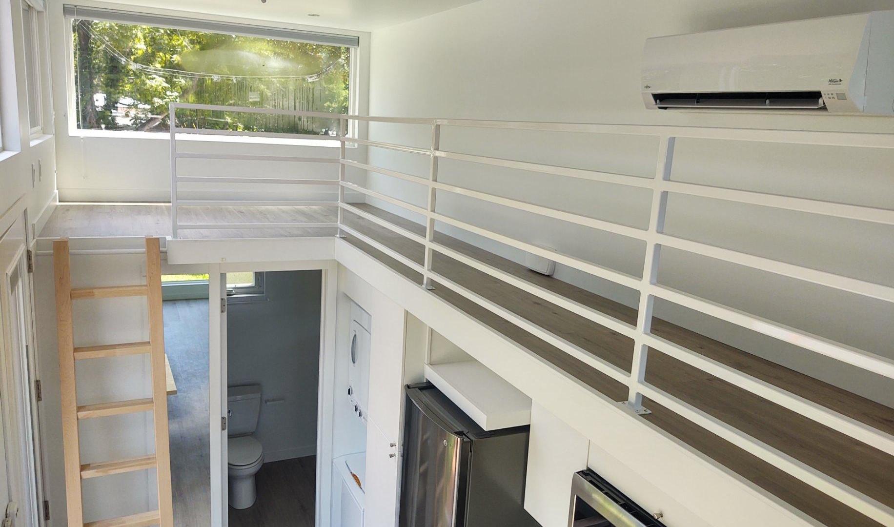 Front Loft/Office + Walkway