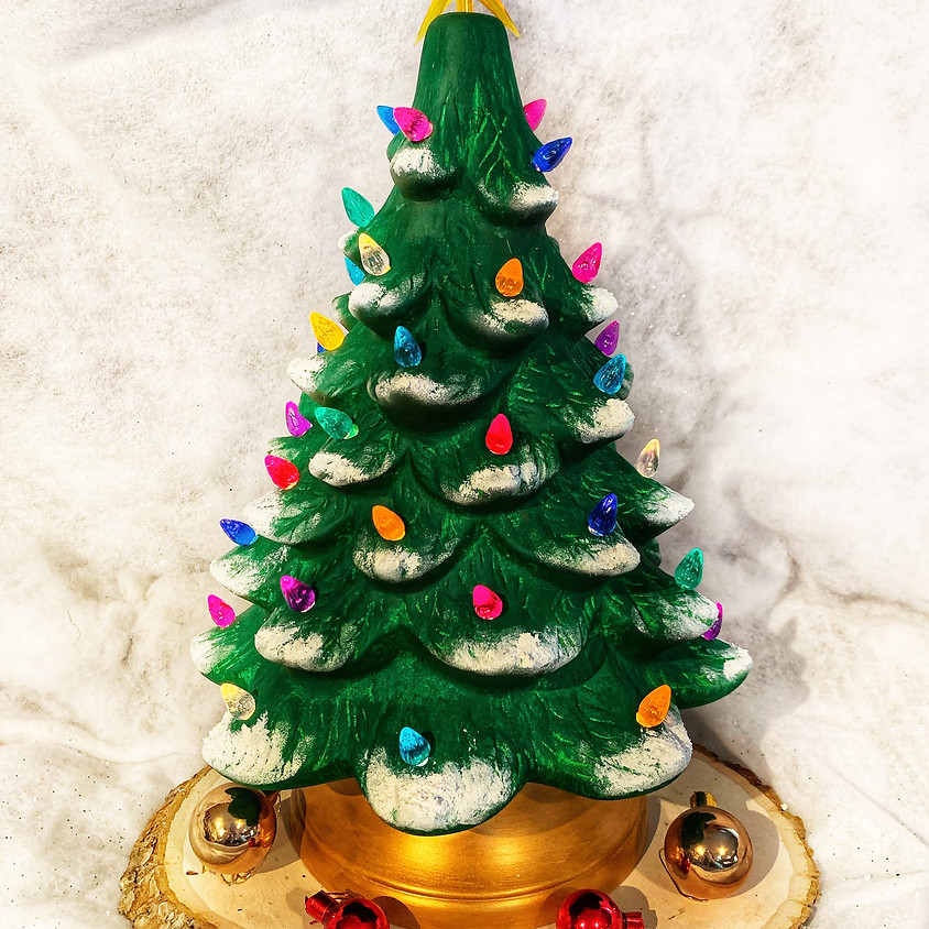 Zimm Town Studio Christmas Tree Workshop!
