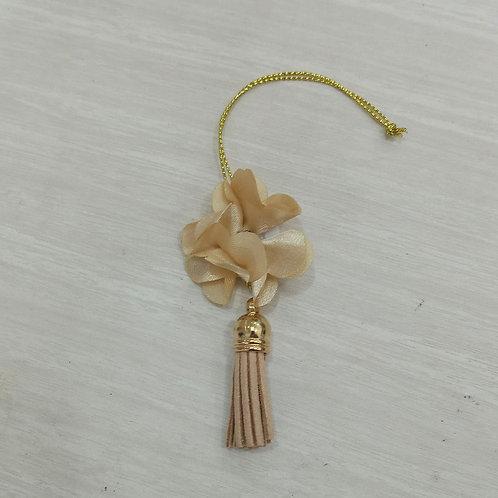 Pingente Pompom de Couro 180077 bege com flor