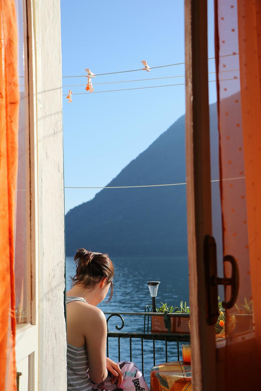 Nellie at Lake Como
