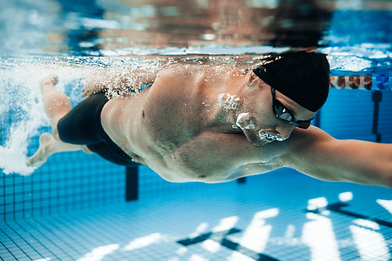 Swimming Boomerang Effect