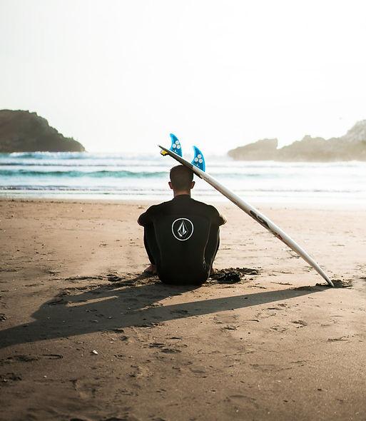 Surfing Boomerang Effect