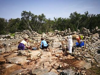 grlić_arheologija.jpg
