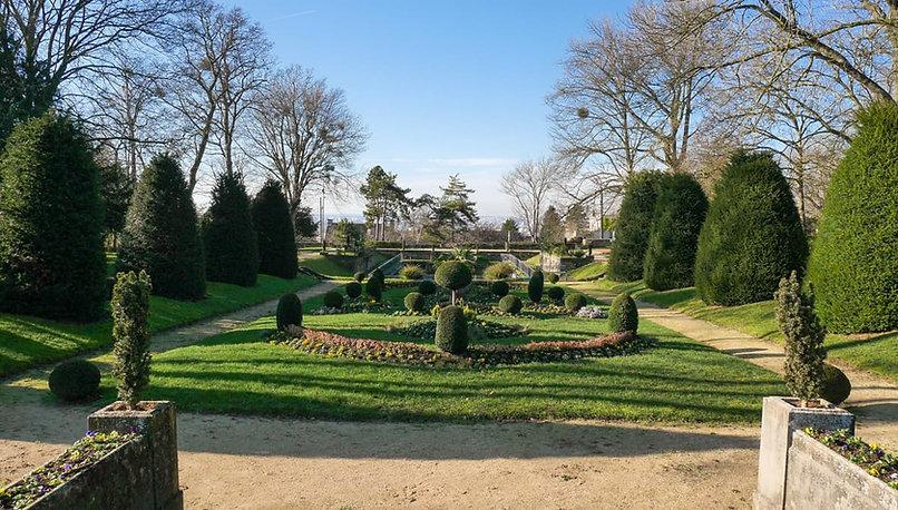 Parc Corot 7.jpg