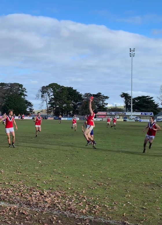ROUND 9 V LEARMONTH