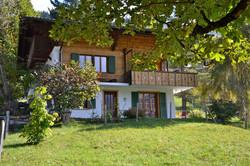 Blick vom Sitebach auf das Haus