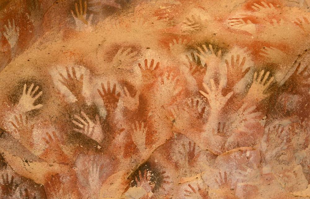 LASCAUX cave painting - hands