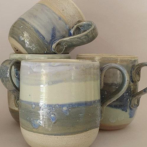 10. set of 4 handled mugs