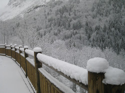 Snowy morning outside La Fraise