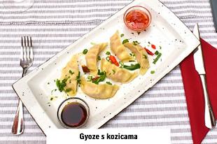 japansko jelo gyoza s kozicama u azijskom i hrvatskom restoranu u Vodicama