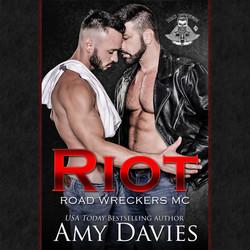 Amy Davies 01