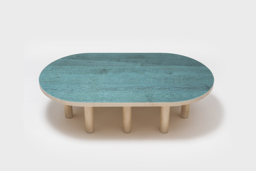 pond table blue