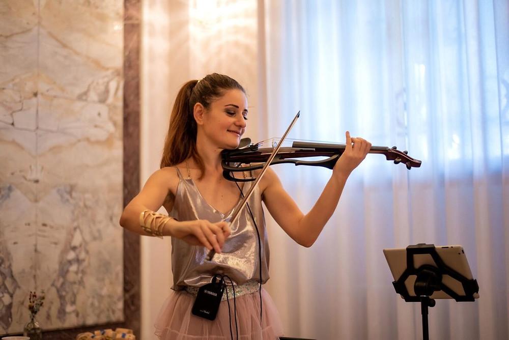 yamaha violon fille happy wedding cocktail music france chateau bouffémont mariage organisation