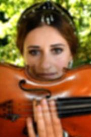 Violoniste, violon, renaissance, portrait femme, les yeux , art, culture à Paris, chateau, photography