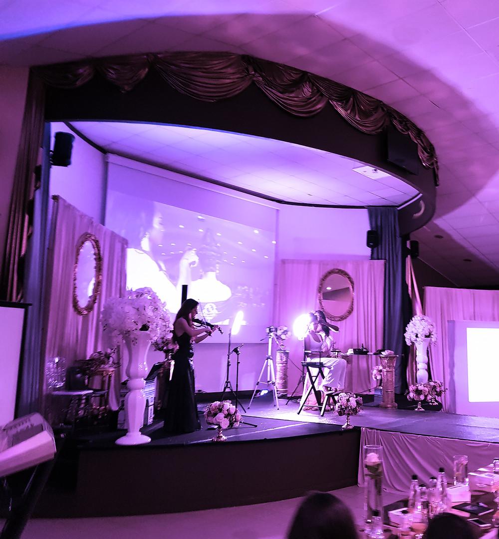 Salle des fêtes, masterclasse, influenceuse, mode, défilé, violoniste , dj, makeupartiste, makeup