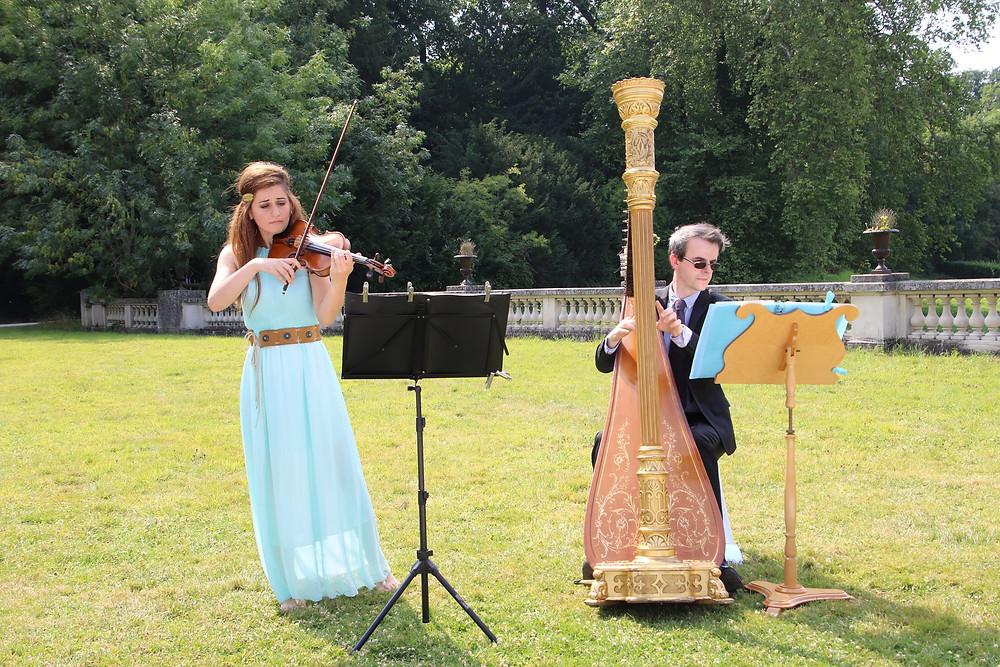 violon et harpe duo, chateau bouffémont, event music, wedding string duo, paris, event , robe, harpiste
