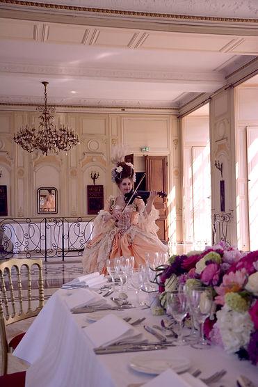cocktail, dinner music, dinner musician, diner musique, diner chateau, repas, concert privé haut de gamme, luxury privat concert, galla, musique galla, festival artiste, artistes, couturier, atelier