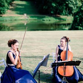 Duo classique pour une cérémonie et vin d'honneur