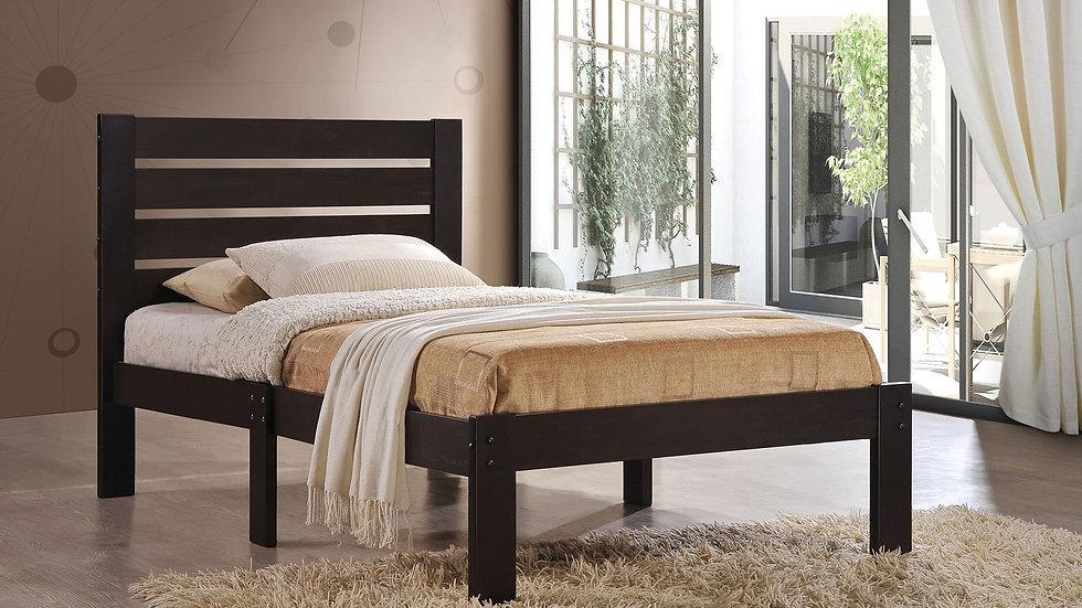 """84"""" X 64"""" X 39"""" Queen Espresso Poplar Wood Bed"""