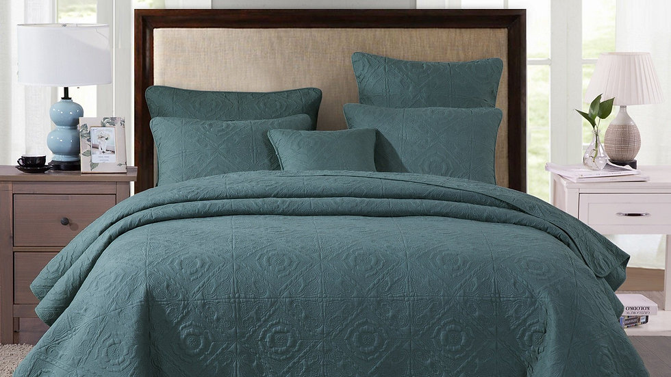 Elegant Earthy Forest Green Cotton Quilted Bedspread Coverlet Set (JHW854)