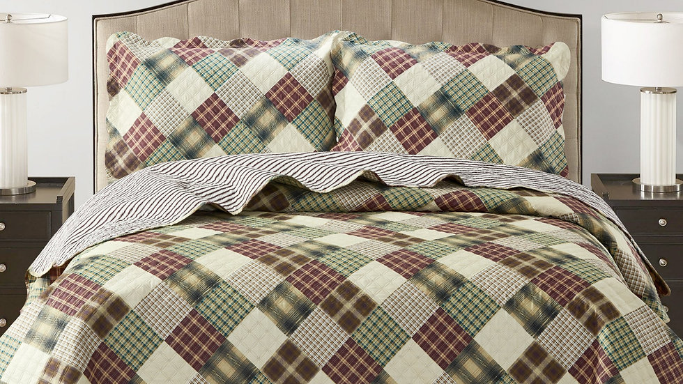 Jennifer 3 Piece Quilt Set - Brown