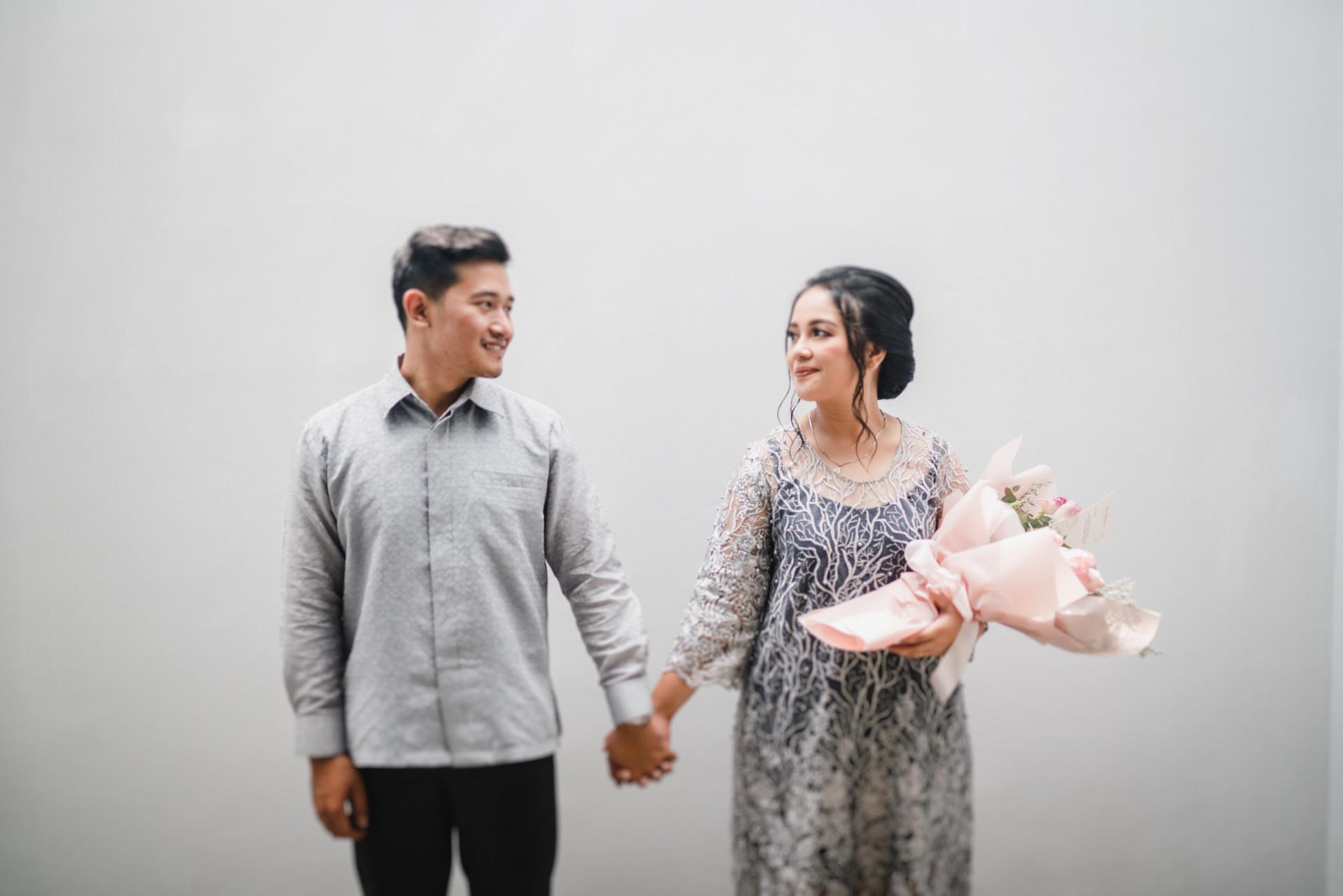 IRENA-JOHAN-ENGAGEMENT-JAKARTA-LAMARAN.j