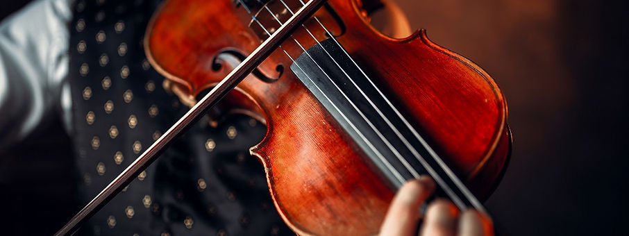 male-violinist-playing-classical-music-o