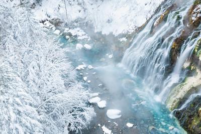 白髭の滝 Shirahige Waterfall