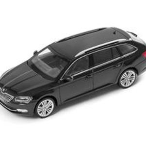 SKODA SUPERB COMBI 1:43 BLACK MAGIC