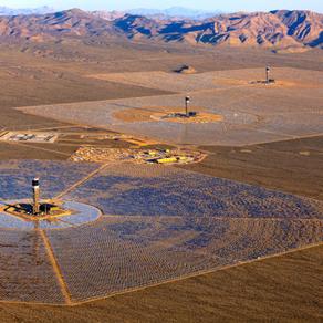 Maior usina solar do mundo entra em funcionamento nos EUA