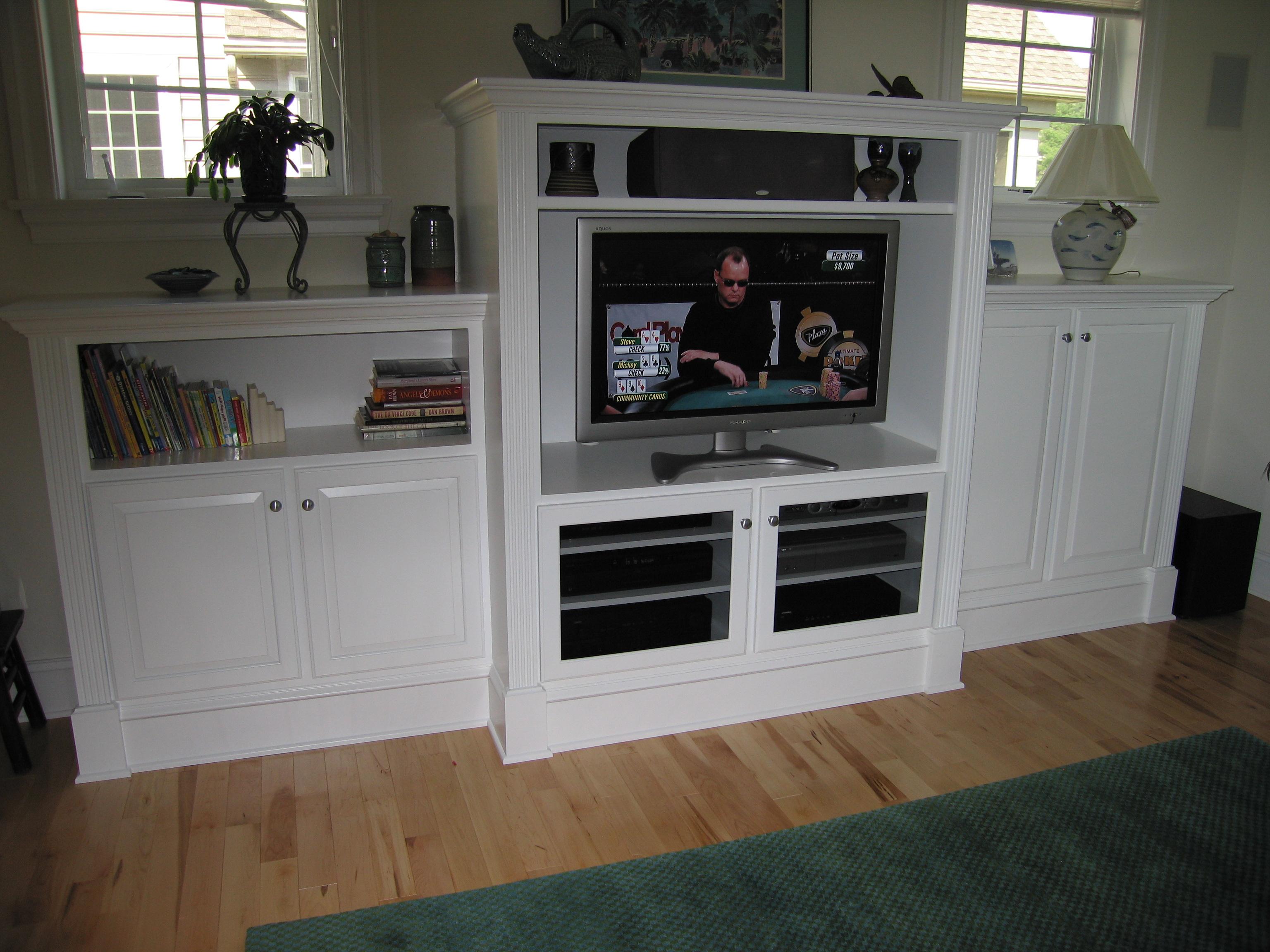 White TV 2.JPG