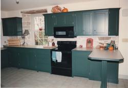 green kitchen 1.jpeg
