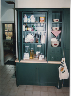 green kitchen 2.jpeg