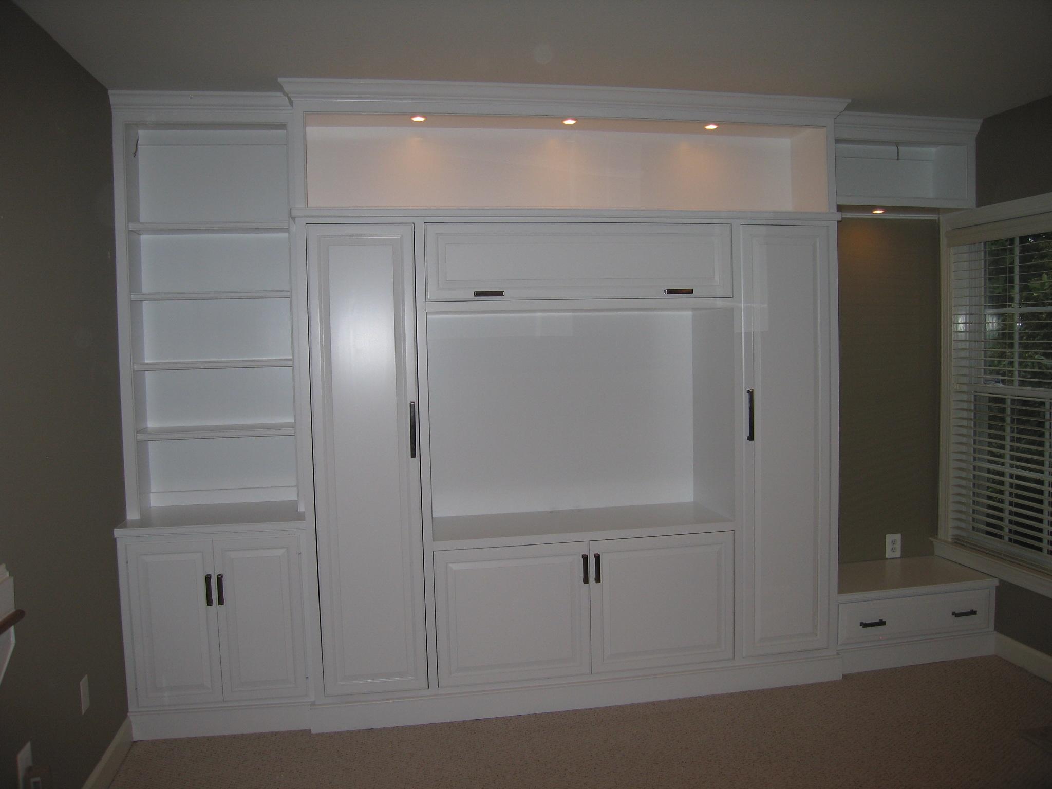 IMG_0507.JPG Custom cabinetry